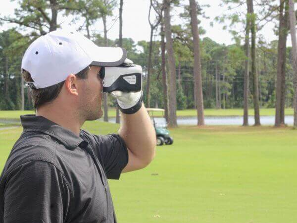 TecTecTec-trust-your-game-master-your-game-Golf-Rangefinder-VPRO-DLX-1K_white-600x450